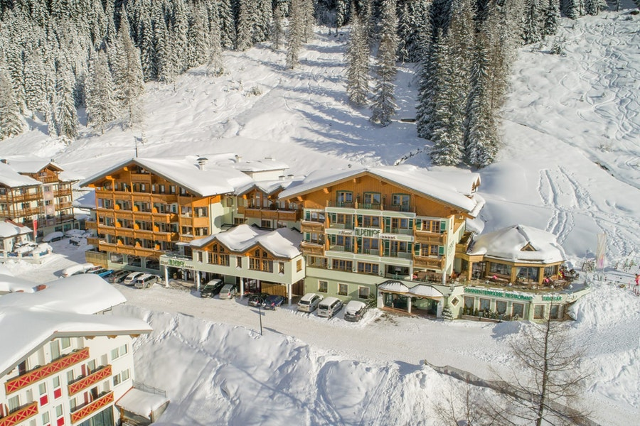 Vine & Gourmet Week for 6 days (with 5 day ski pass)